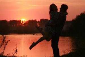 धनु राशि और मकर राशि : Love