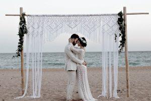 धनु राशि और मकर राशि: Love Marriage